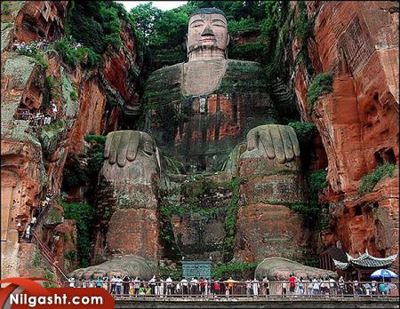 بودای غول پیکر لشان جاذبه گردشگری چین
