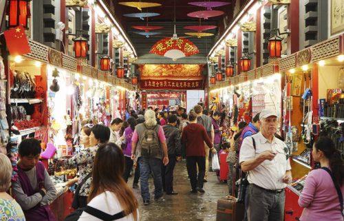 بازار سنتی خیابان وانگ فوجینگ در پکن