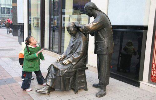 مجسمه های خیابان وانگ فوجینگ در پکن