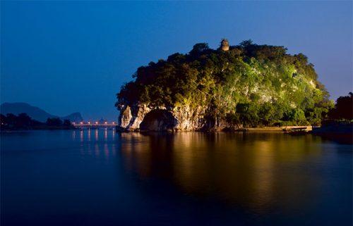 تپه خرطوم فیل شهر گویلین چین