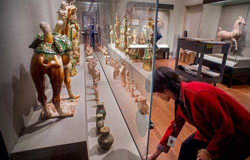 آثار هنر باستان در موزه شانگهای چین