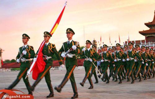 برافراشتن پرچم در میدان تیان آنمن